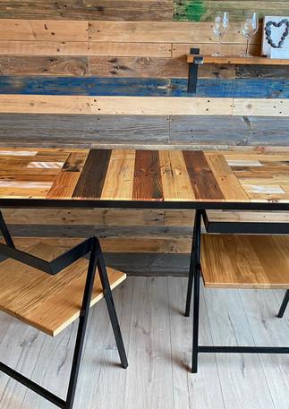 KDC-creation-table-et-chaises-bois-de-palette-acier
