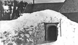 Cornucopia Snow Tunnel 1910-20.jpg