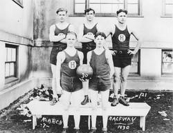 Halfway HS Basketball Team 1930.jpg