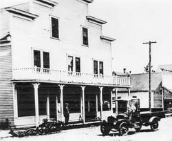 Gray Gables cir 1915.jpg