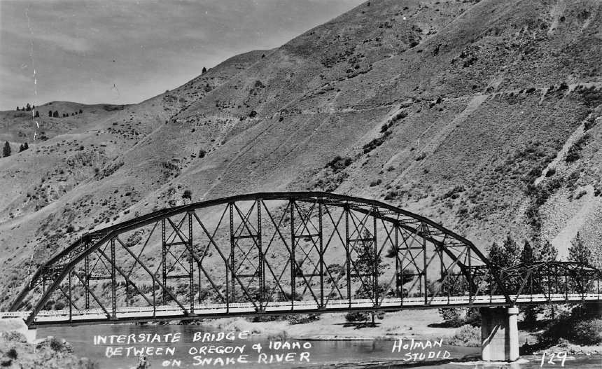 Copperfield Interstate Bridge 1950.jpg
