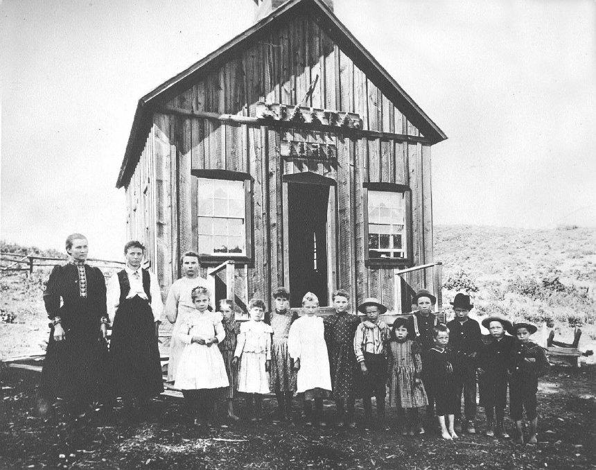 Sparta School 1898.jpg