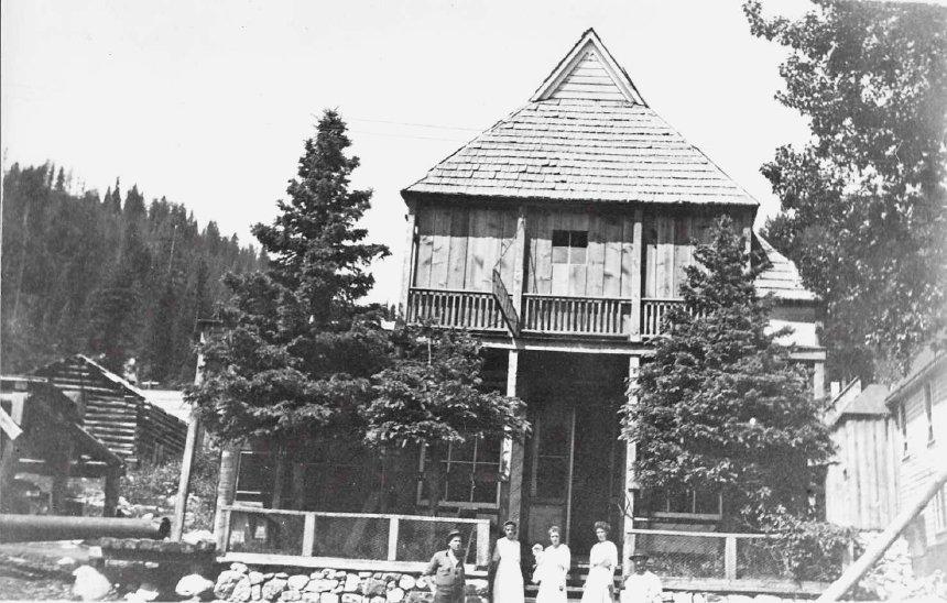Cornucopia Lincoln House 1910-20.jpg