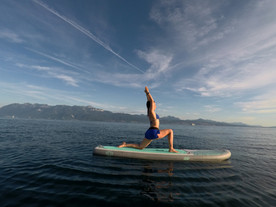 yoga on the paddle board lausanne