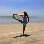 pialtes and yoga outdoors