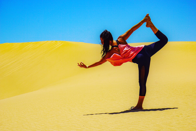 yoga photoshoot in the desert.jpg