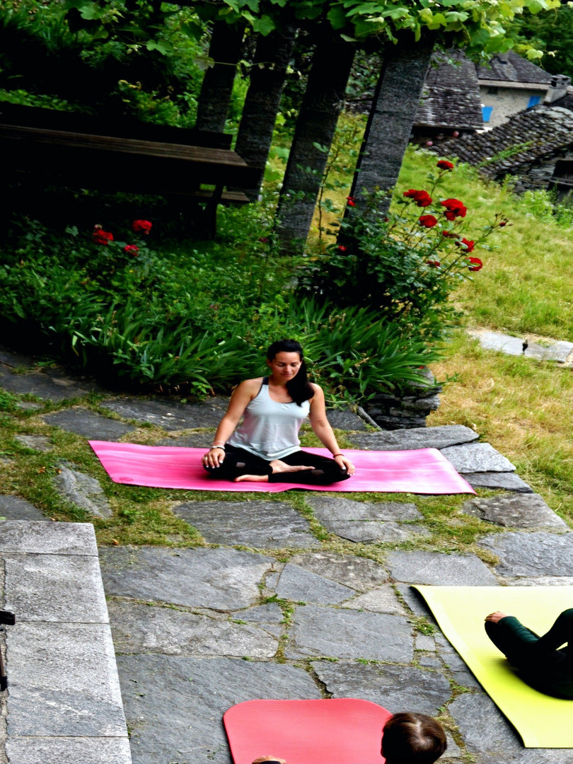 yoga retreat lausanne activ wellness