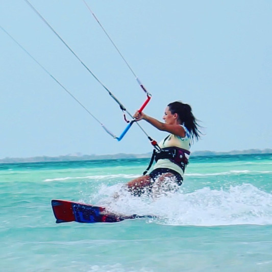 kiteboarding in turks nd caicos - activ