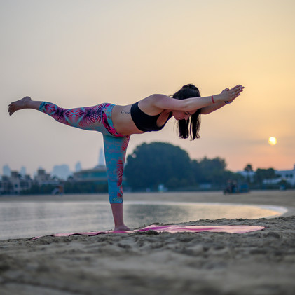 yoga outdoors dubai