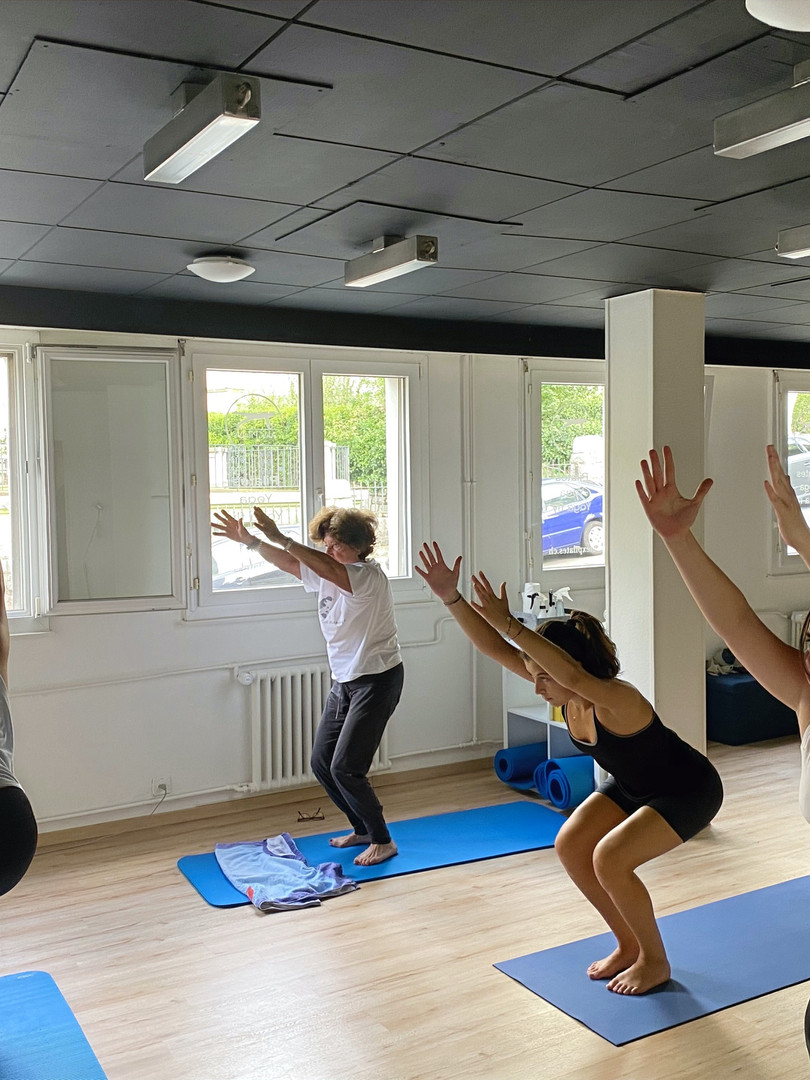 yoga classes Lausanne rocio activ wellness