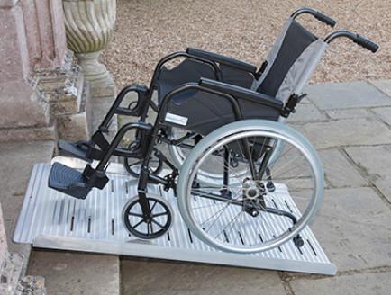 Anlegerampen quick2go für Rollstühle