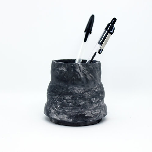 Black Marble Ripple Pot