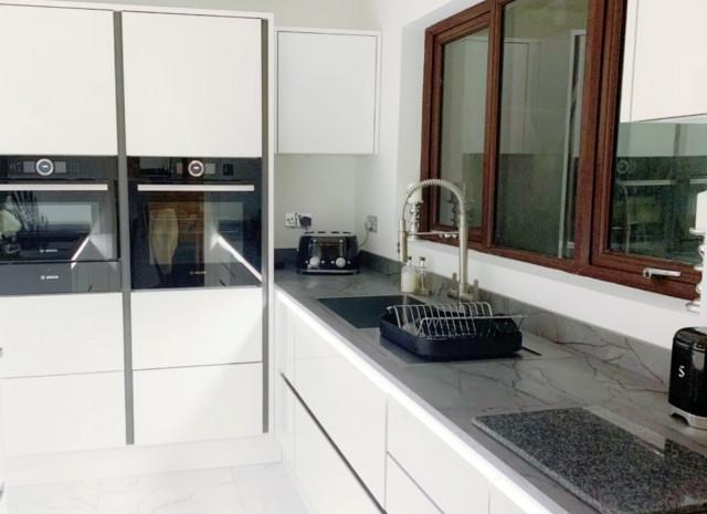 kitchen fitter colchester