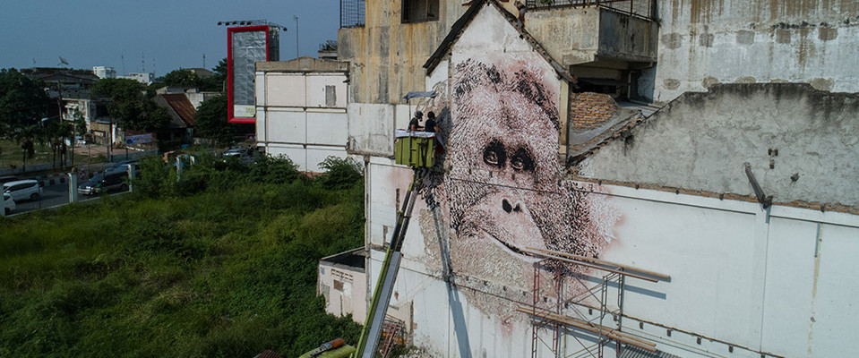 VHILS - SPLASH & BURN