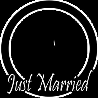 WedBG_JustMarried1