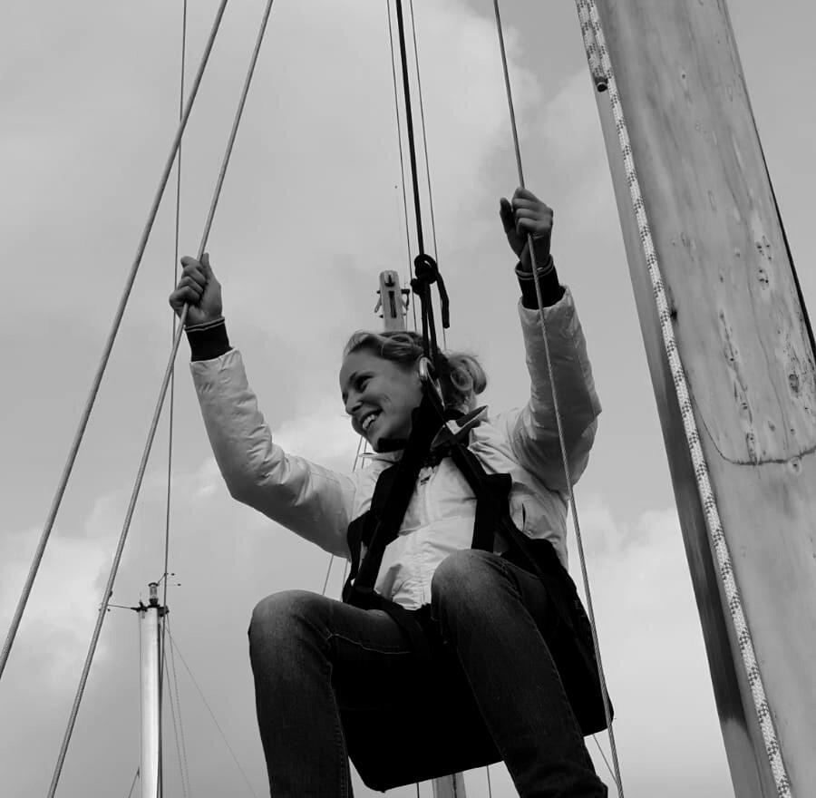 Julie on the mast