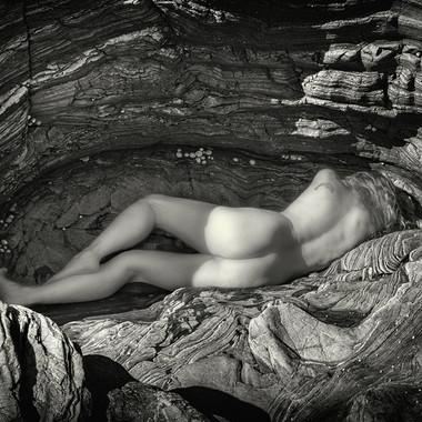 Cocooned, Simon Larson