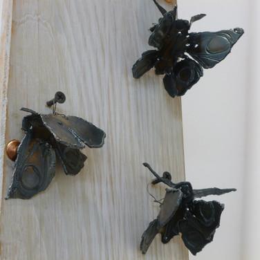 Greg Dobson: 'Butterflies', uered steel