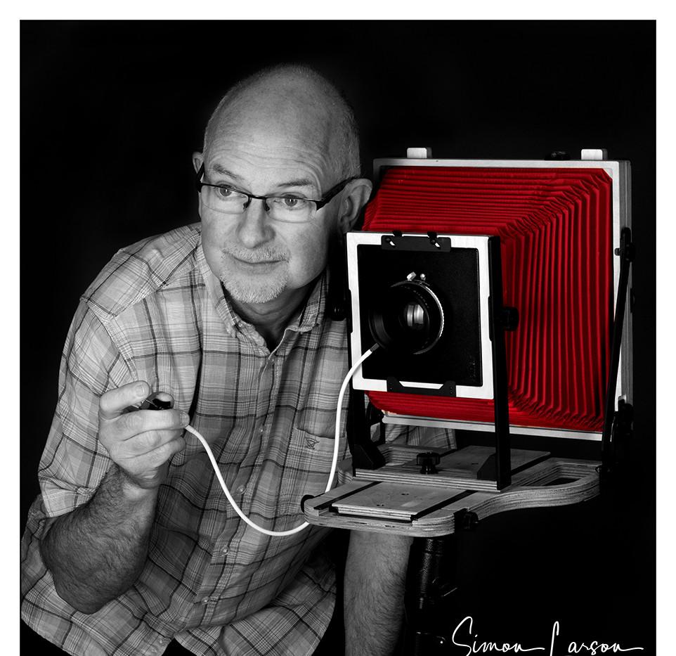 Simon Larson - Studio Shot