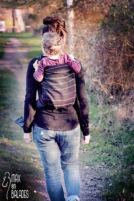 Portage bébé au dos avec Mei tai