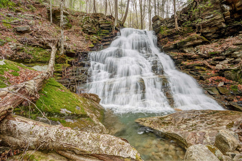 Upper portion of Hounds Run Falls