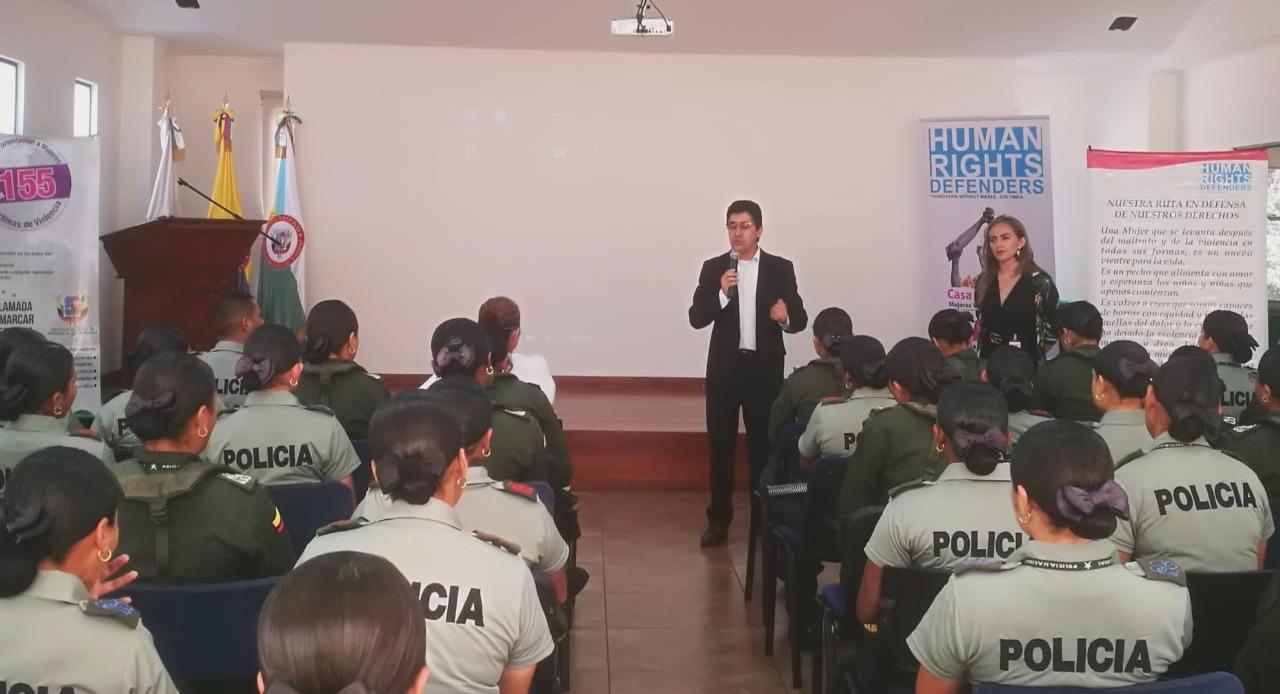 Capacitación a la Policía Nacional