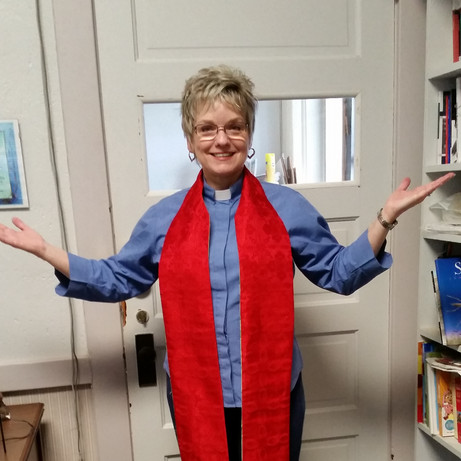 Pastor Colleen 2_edited.jpg