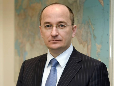 Сенатор Олег Цепкин поздравил южноуральцев с присвоением звания «Город трудовой доблести»