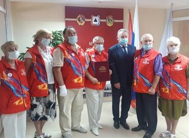 Магнитогорцы получили поздравление с присвоением городу почетного звания