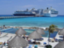 Cruise ships in Mahahual