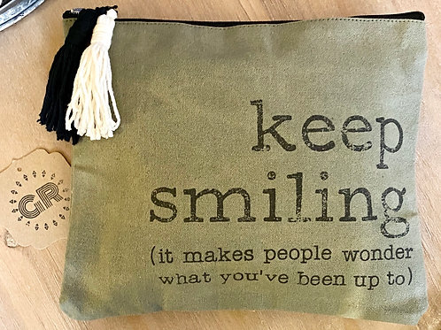 Keep Smiling Pouch