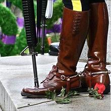 ManyPawz Refurbished boots