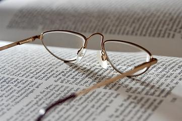 Eyeglasses_edited_edited.png