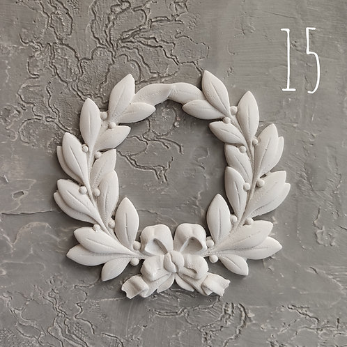 Molding 15