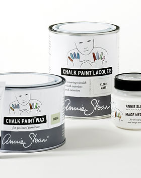 Annie-Sloan-Finishing-Products-group-sho