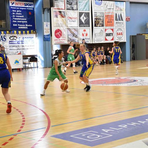Aubenas vs U17 F