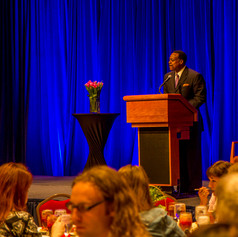 Leon Harris, ABC7-WJLA (Event Emcee) welcome guests to the 2014 AWE Awards Celebration & Luncheon