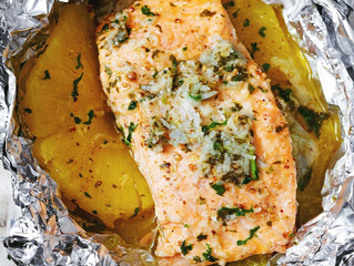 Lemon Butter Garlic Salmon in Foil