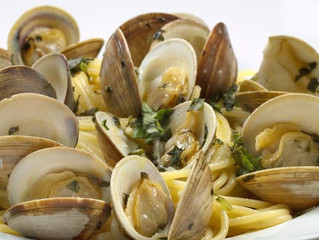 Linguine with Clams in a White Sauce