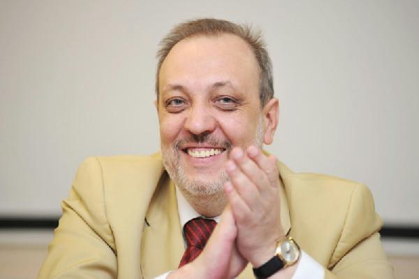 Третьяков Алексей Николаевич - публицист, телеведущий, председатель Санкт-Петербургской Ассоциации малого бизнеса в сфере потребительского рынка