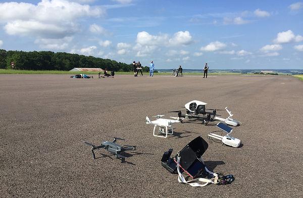 drone au sol piste.jpg
