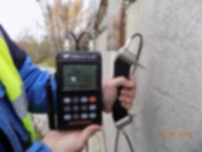 Измерение_прочности_бетона_прибором_ПУЛЬ