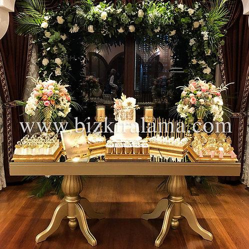 Altın varak kiralık masa