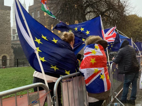 Brexit: Scottish and Welsh parliaments hold simultaneous debates