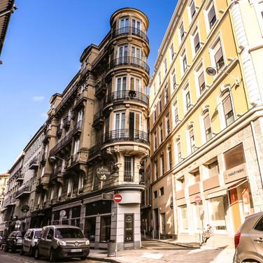 FaçadeI  Hôtel Acanthe en plein centre de Nice