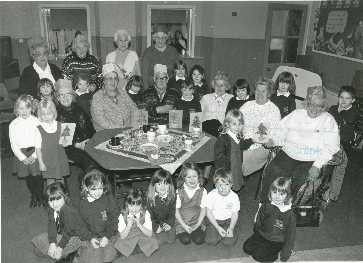 140 - Blackford Primary School 1995/96 P1 and 2