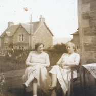 207 - Mrs Bell and friend in Manse Garde