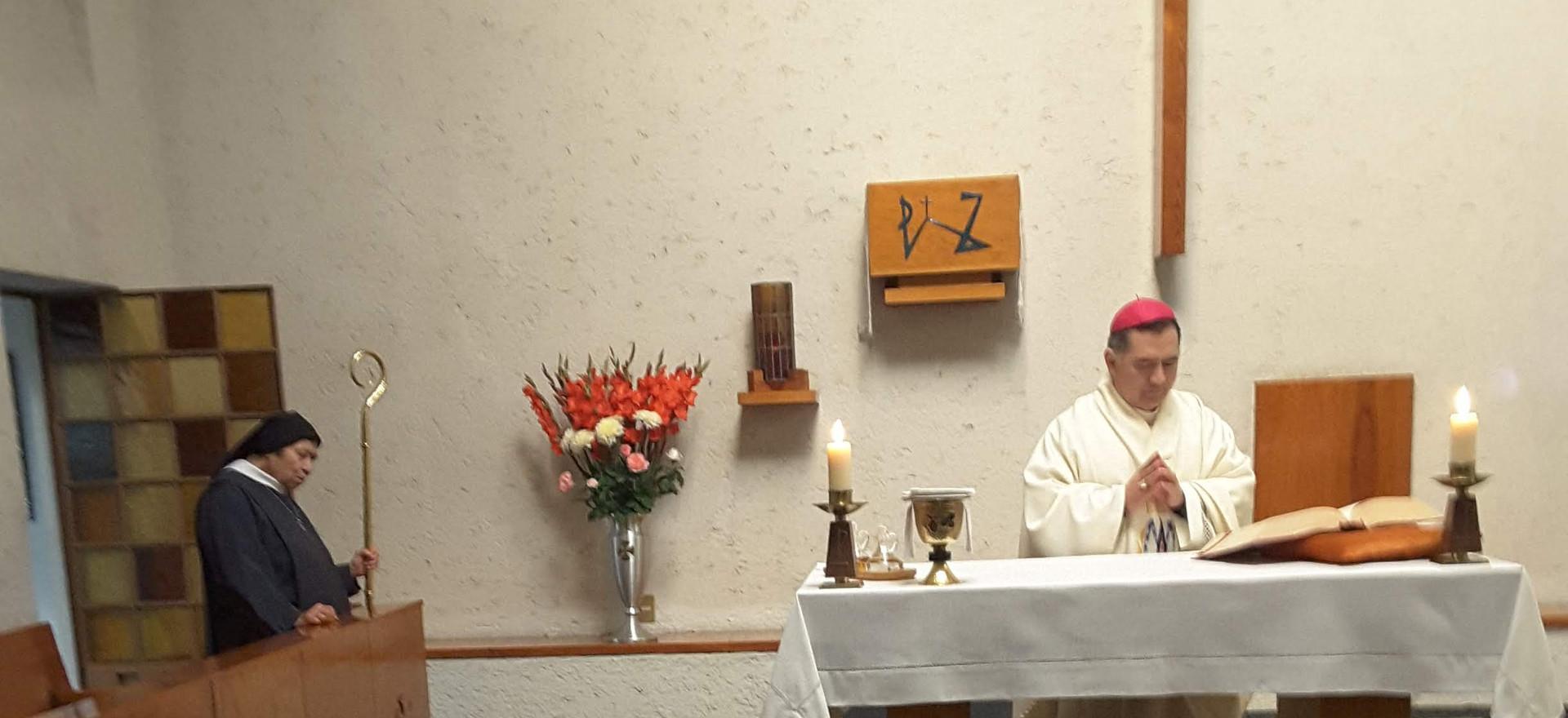 Visita de Monseñor Carlos Enrique Samaniego