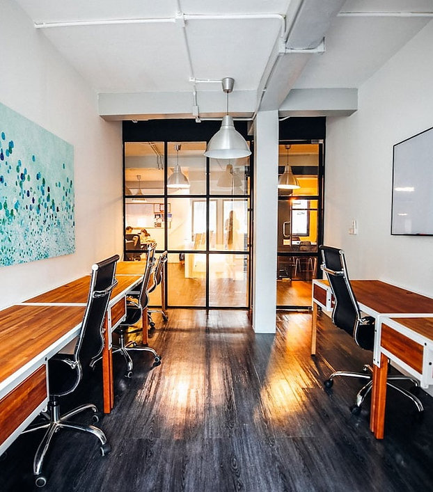 5-desk private office at The Work Loft | Coworking space - Meeting room - Private office