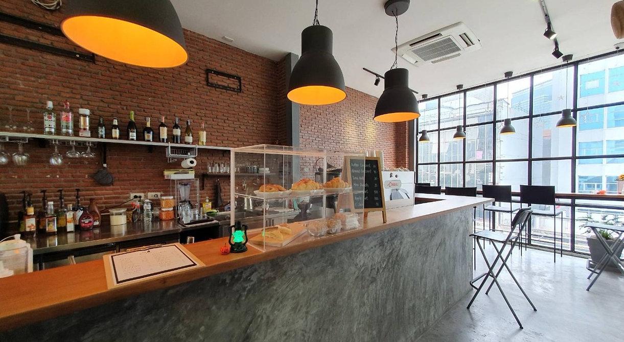 Coffee bar at Rei Loft Cafe & Bar